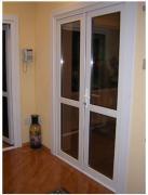 Metal-plastic doors. Entrance and interroom. Inexpensive