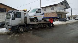 Tow truck emergency evacuation Yarmolyntsi